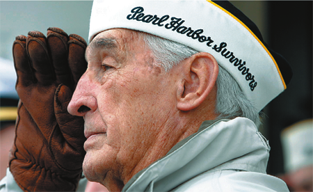 pearl harbor vet saluting
